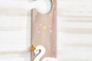ξύλινο-κρεμαστό-πόρτας-κύκνος